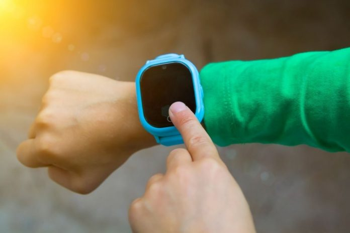 GPS trackers on smartwatch